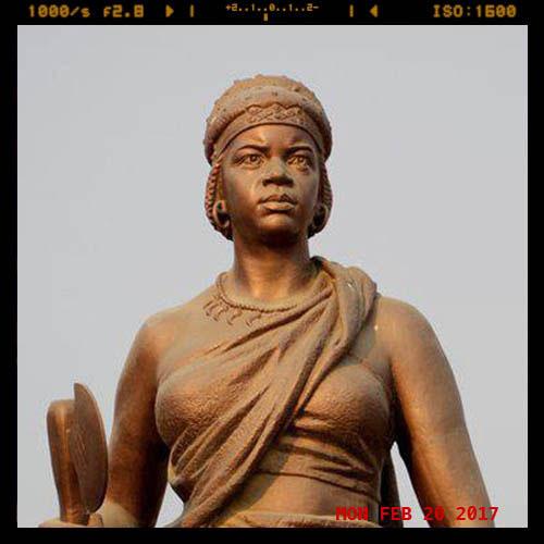Statue of Nzinga Mbande